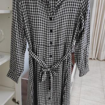 Vestido cuadros blanco y negro