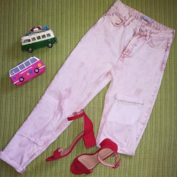 Pantalón vaquero mom rosa lavado