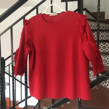 Blusa roja Zara