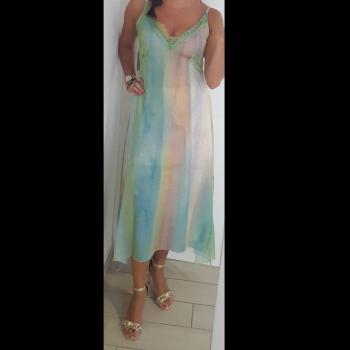 Vestido largo con detalle de encaje