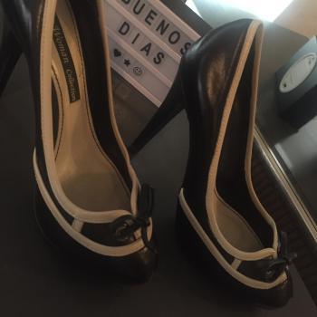 Zapato tacón alto