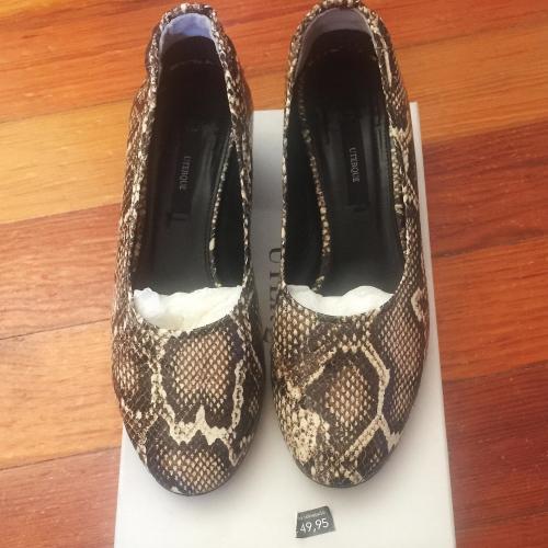 Zapato piel serpiente