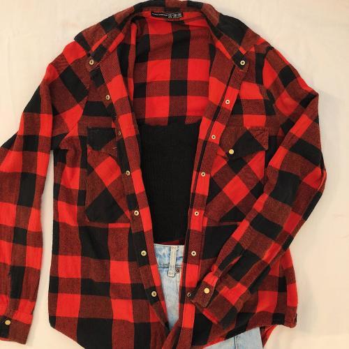 Camisa de cuadros roja