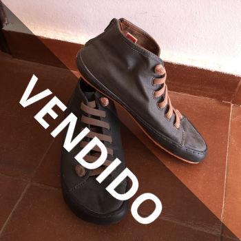 Zapatos Camper T39 caqui