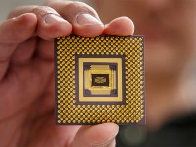 Memristor - © Attention Deficit Disorder Prosthetic Memory Program