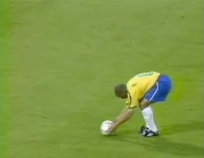 Roberto Carlos Impossible Goal Against France - © Attention Deficit Disorder Prosthetic Memory Program