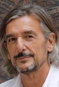 Ignacio Echeverría: Construyendo a Pessoa
