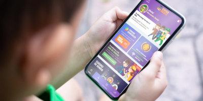 Aprende a instalar nuestra App  y participa en el torneo desde el 17 de agosto