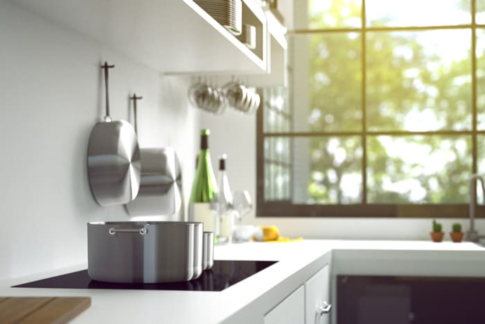 Lifestyle Daily - Teflon vs  Copper: Which Cookware Should