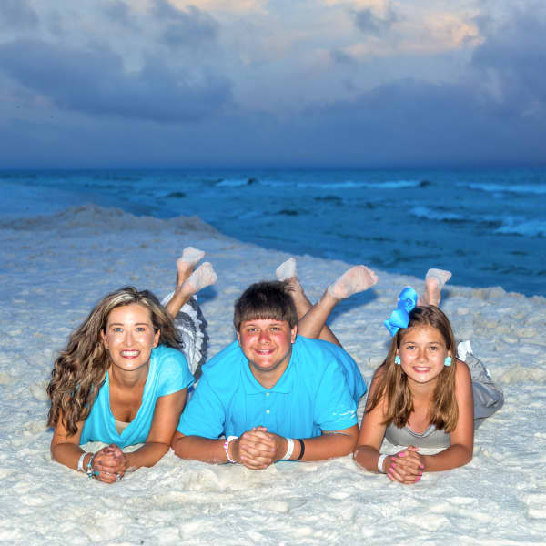 Ellie with nephew Alex and niece McKenna in Destin, FL