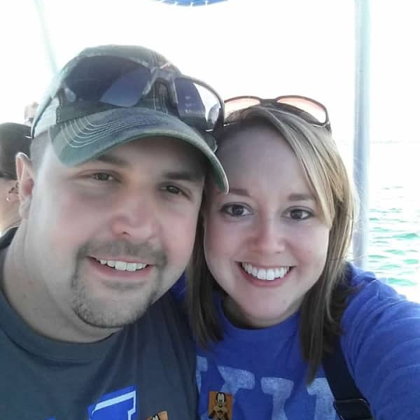 Brent and Stacia boating on Vacation