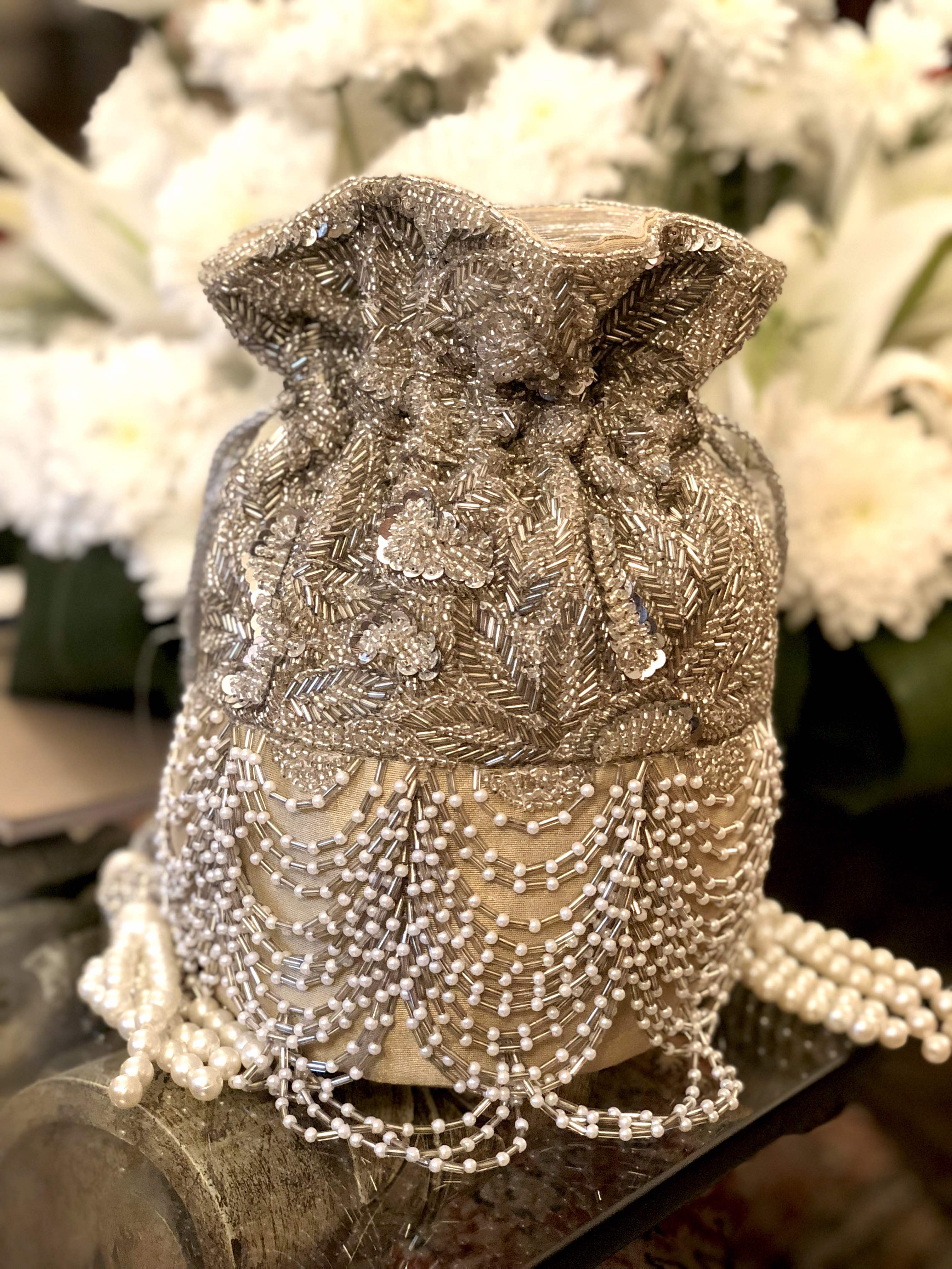 Silver Pearl Scallop Flapper Bag image 0