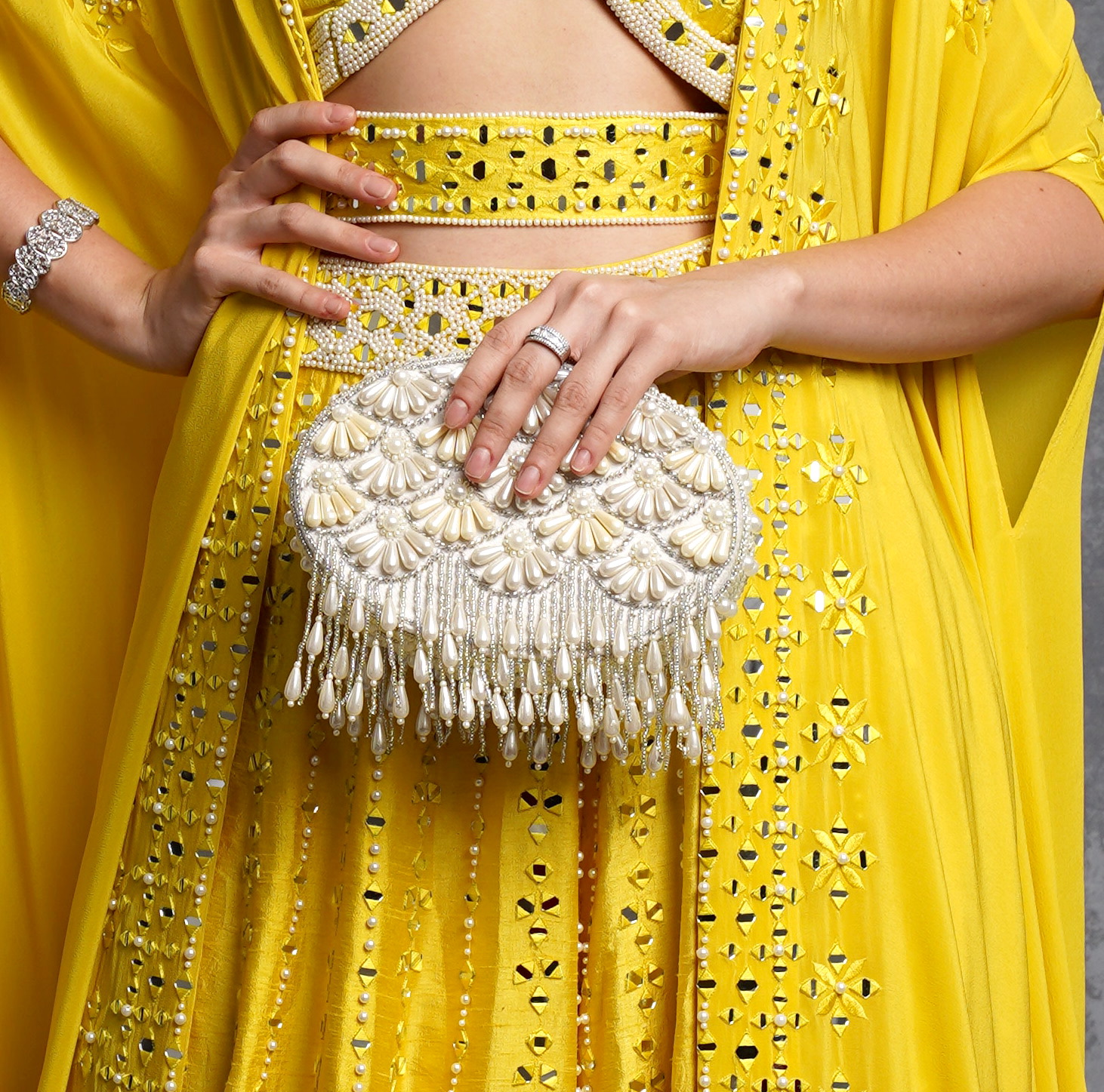 CREAM FAREEDA CLUTCH BAG image 2