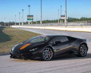 Lamborghini Huracan 3 Lap Drive, Autobahn Country Club - Chicago
