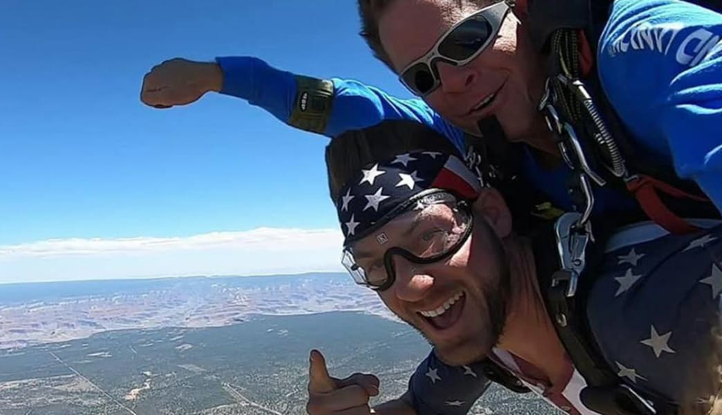 Skydive_the_Grand_Canyon__15000ft_Jump_with_Photos_and_Video