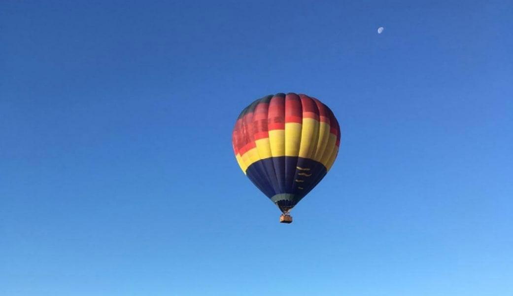 Hot Air Balloon Ride Seattle - 1 Hour Evening Flight