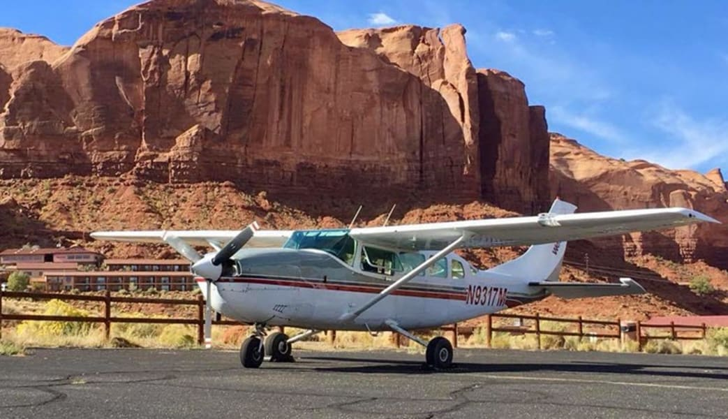 Grand_Canyon_Plane_Tour_with_Jeep_Adventure_Phoenix_to_South_Rim__Half_Day