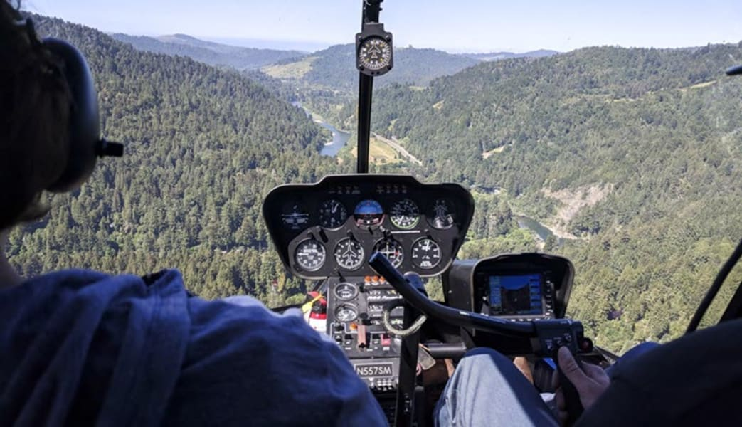 Helicopter_Ride_Sonoma_County,_Russian_River_-_30_Minute_Tour_With_Wine_Tasting