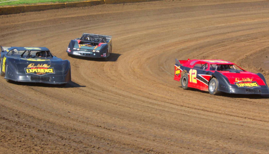 Dirt_Track_Racing_St_Louis,_10_Laps_-_Tri_City_Speedway