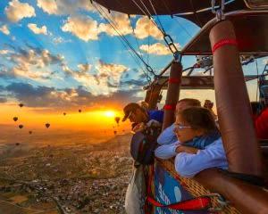 Hot Air Balloon Ride Cincinnati, Weekend - 1 Hour Flight