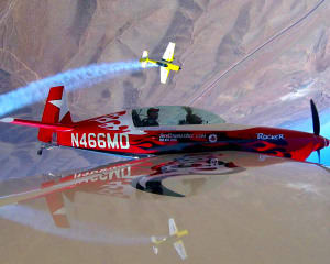 Aerobatic Flight Lesson Las Vegas, Extra 330 - 25 Minutes