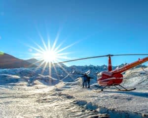 Helicopter Tour Anchorage with Glacier Landing - 1 Hour