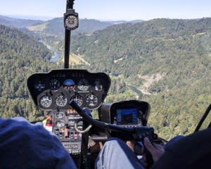 Helicopter Tour Sonoma County, Russian River with Wine Tasting - 30 Minutes