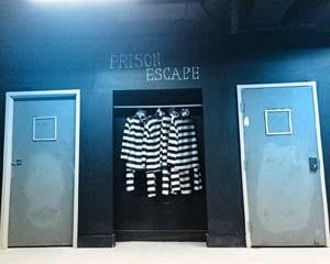 Room Escape Miami, Prison Challenge - 60 Minutes
