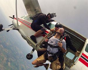 Skydive Tecumseh - 9,000ft Jump