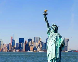 New York City Walking Tour, Statue of Liberty and Ellis Island (All Inclusive!) - 4 Hours