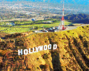 Helicopter Ride Los Angeles, Hollywood Sign Tour - 15 Minutes