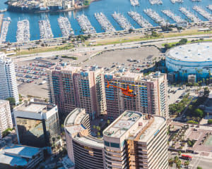 Private Helicopter Tour Newport Beach, Queen Mary - 40 Minutes (4 Passengers)