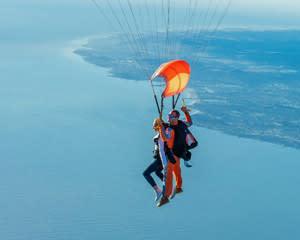 Skydive San Francisco, Santa Cruz - 8,000ft Jump with Video (Ocean View Jumps Closest to San Francisco!)