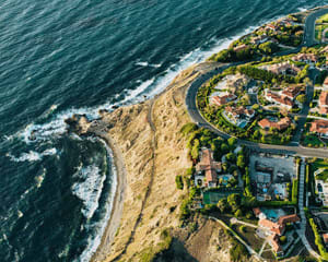 Private Helicopter Tour Los Angeles, Beaches and Palos Verdes - 30 Minutes (3 Passenger Special)
