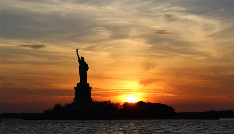 Statue of Liberty & NYC Skyline Sunset Cruise - 1.5 Hours