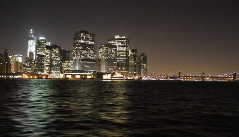 New York Night Sail Buildings