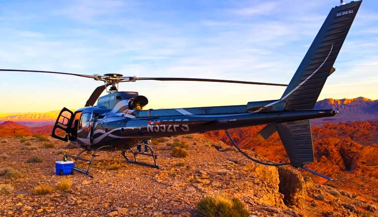 Grand Canyon and Valley of Fire Helicopter Tour Aircraft
