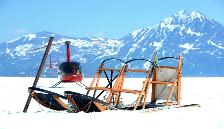 Helicopter and Glacier Dogsled Tour - 90 Minutes