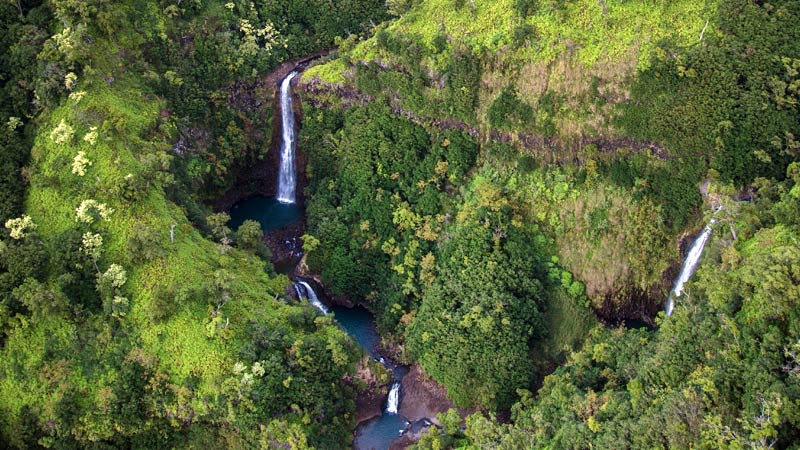 Helicopter Tour Maui Waterfalls