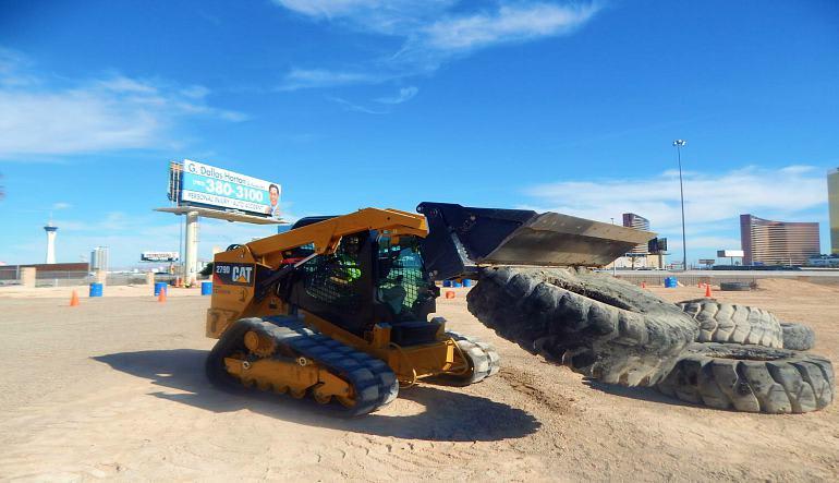 Drive A Skid Steer Track Loader, Las Vegas - 70 Minutes