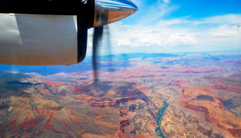 Grand Canyon North Plane and 4x4 Tour - Full Day (FREE HOTEL TRANSPORTATION INCLUDED!)