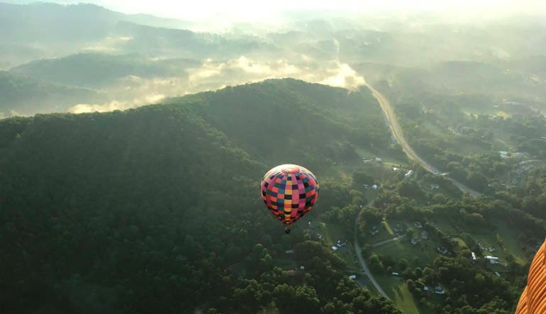 Hot Air Balloon Rides Asheville Looking Out