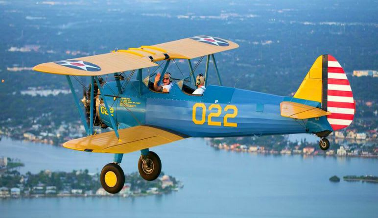 Biplane Adventure Flight St. Petersburg and Tampa - 20 Minute Flight