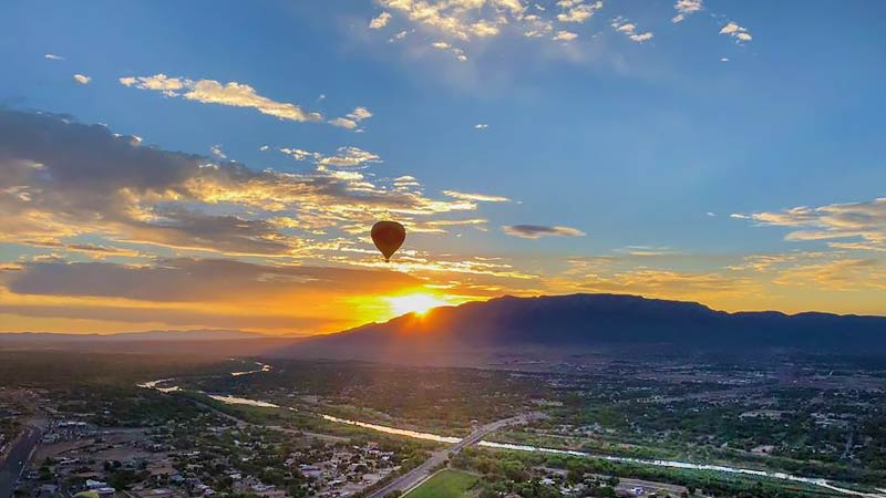 Hot Air Balloon Ride Albuquerque, Sunset Rio Grande Flight - 1 Hour Flight