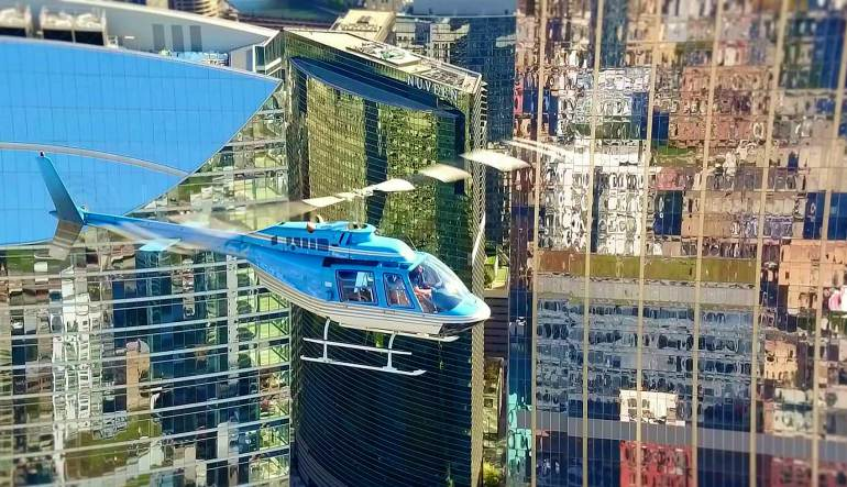Private Helicopter Tour Chicago for 4 - 30 Minute Flight