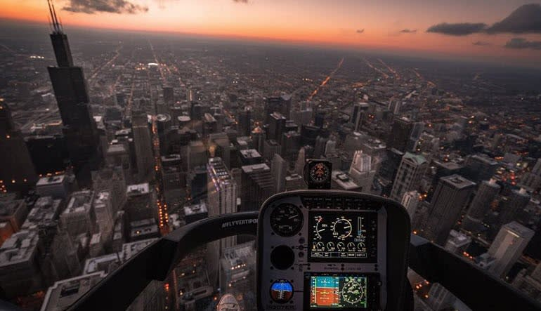 Helicopter Pilot Experience Chicago Cockpit