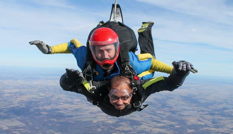 Skydiving Kansas City - 14,000ft Jump