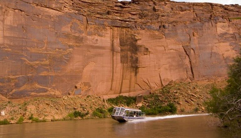 Colorado River Jet Boat Ride Rockface