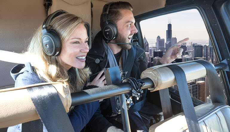 Private Helicopter Tour Chicago Couple
