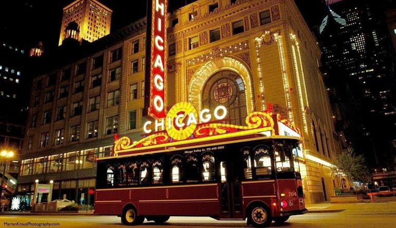 Chicago Trolley Night Tour Bus